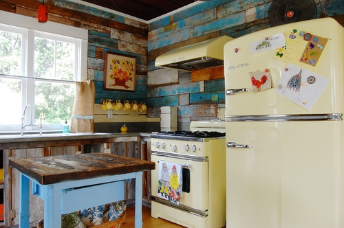 colorfull kitchen with old fixtures